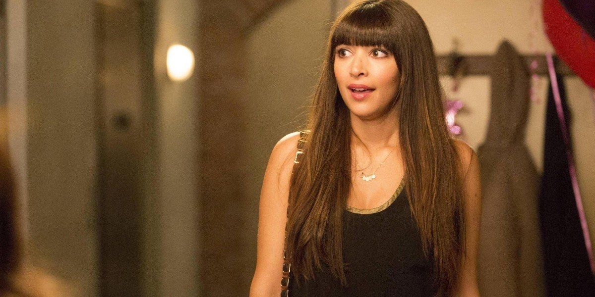 Hannah Simone in New Girl