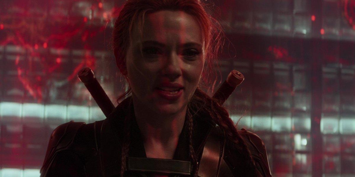 Black Widow fighting in Black Widow