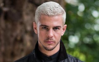 Hollyoaks spoilers: Sienna lies about her cancer to stop Joel dumping her!