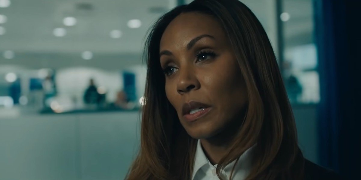 Agent Helen Thompson grilling Mike Banning in Angel Has Fallen