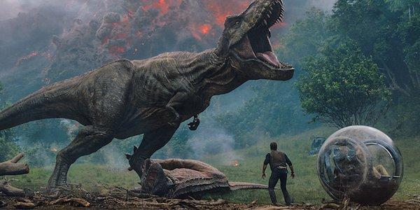 Jurassic World: Fallen Kingdom t-rex roaring