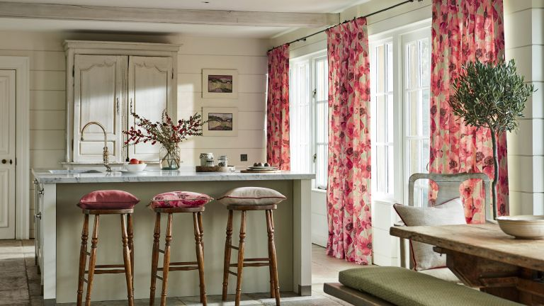 Genial Sanderson Curtains In Kitchen