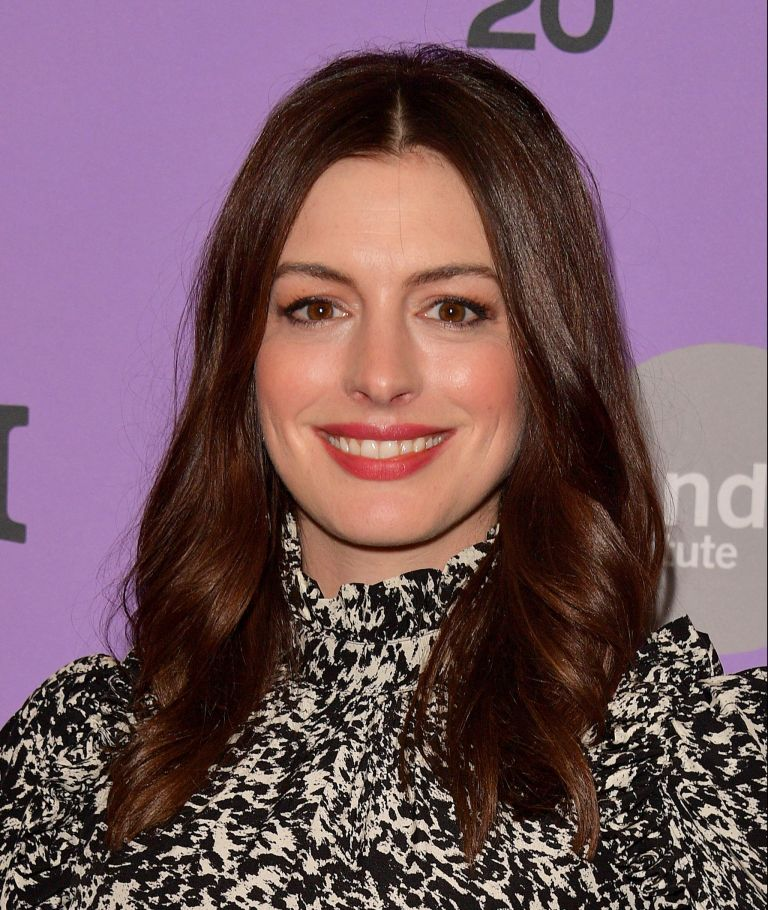 Anne hathaway stars in the witches