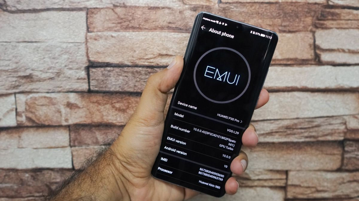The EMUI 10 update elevates your Huawei P30 Pro to new levels of speed and user-experience