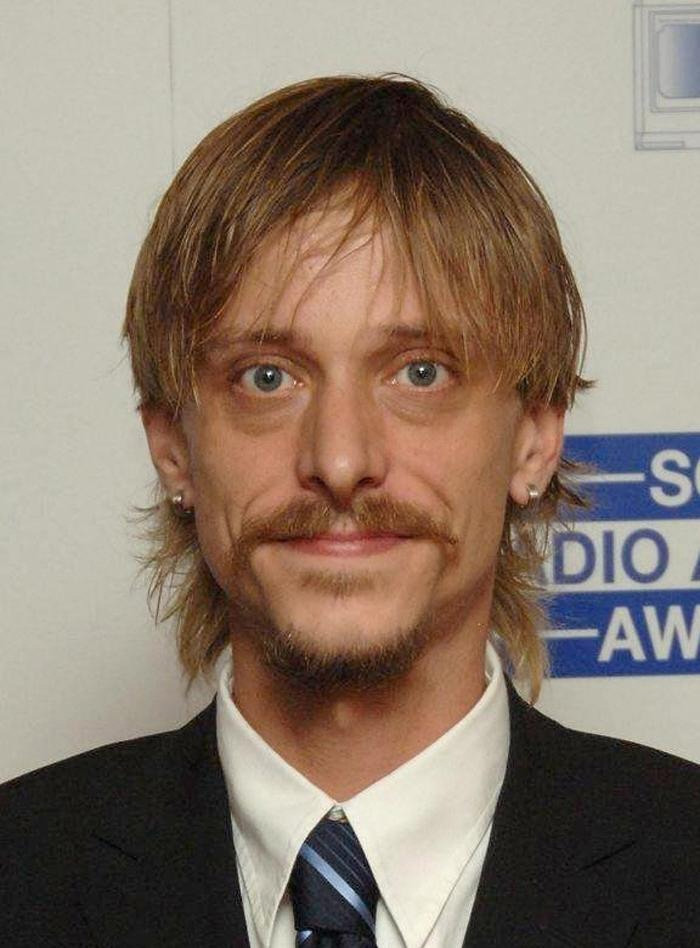 Mackenzie Crook, Eccleston cast in BBC1's Accused