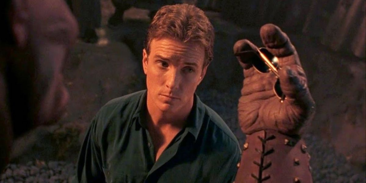 Who Should Be Mortal Kombat's Next Johnny Cage? The Cast Has Thoughts