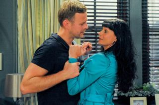 Emmerdale's Lucy: 'Carl admits he loves Chas'