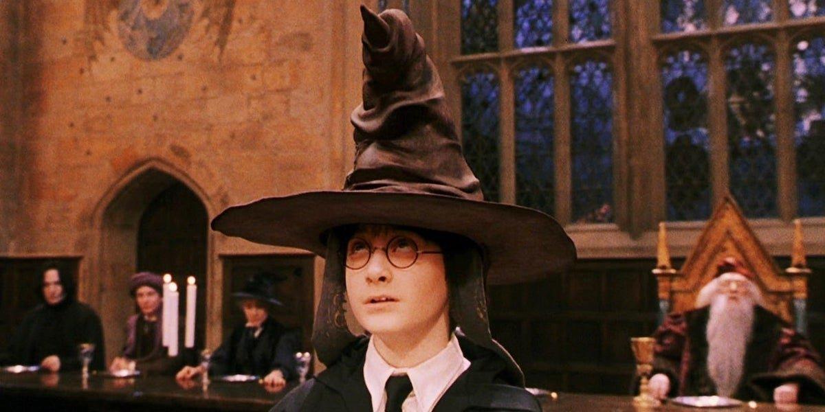 Daniel Radcliffe in Harry Potter Sorcerer's Stone, Hogwarts sorting