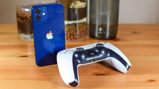 PS5 DualSense and iPhone 12