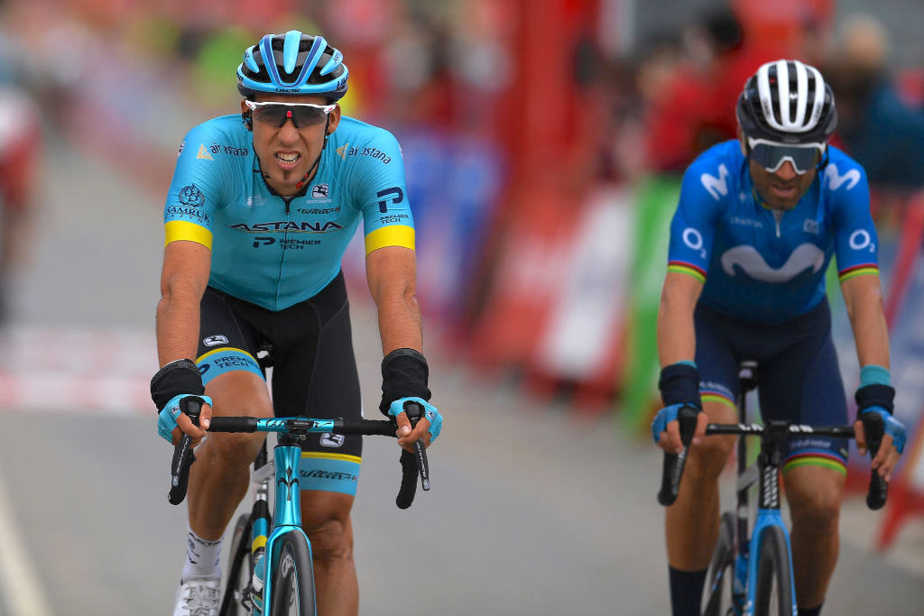 VILLANUEVA DE VALDEGOVIA, SPAIN - OCTOBER 27: Arrival / Omar Fraile Matarranz of Spain and Astana Pro Team / Disappointment / Alejandro Valverde Belmonte of Spain and Movistar Team / during the 75th Tour of Spain 2020, Stage 7 a 159,7km from Vitoria-Gasteiz to Villanueva de Valdegovia / @lavuelta / #LaVuelta20 / La Vuelta / on October 27, 2020 in Villanueva de Valdegovia, Spain. (Photo by David Ramos/Getty Images)