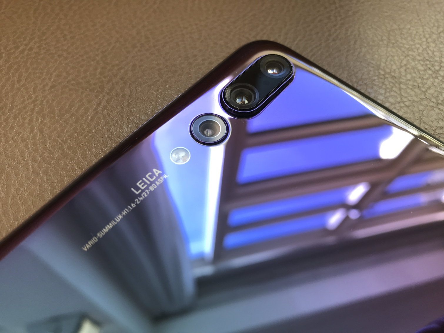 Huawei P20 Hands-On: Are Three Cameras Better Than Two