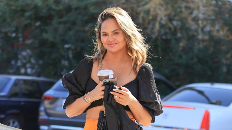 Chrissy Teigen quits, Chrissy Teigen out on a shopping trip on February 24, 2021 in Los Angeles, California.