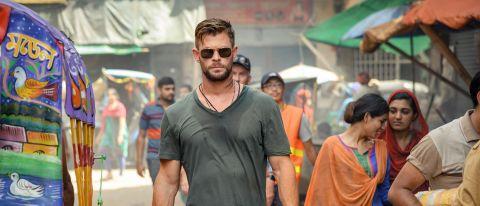 Chris Hemsworth in Extraction on Netflix.