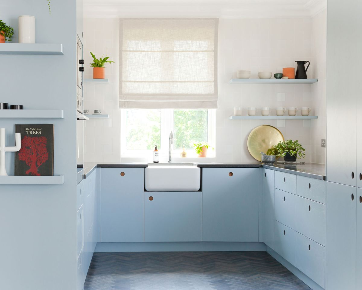How to plan a layout for a small kitchen