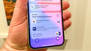 how to set up a notification summary in iOS 15