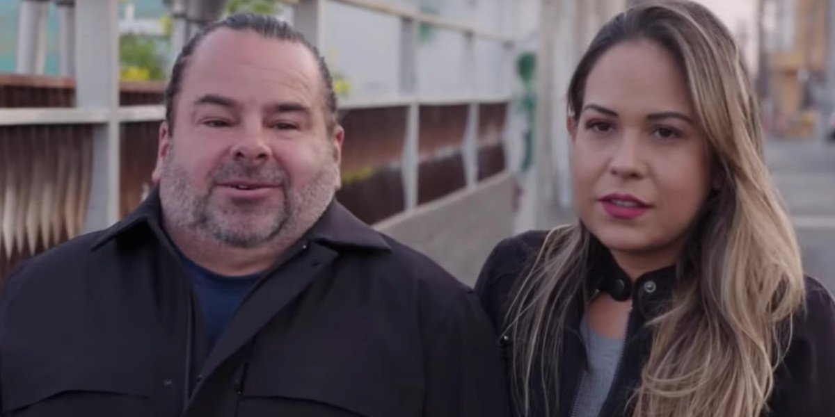 Big Ed And Liz standing on the sidewalk 90 Day: The Single Life Discovery+