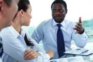 boss talks to employees