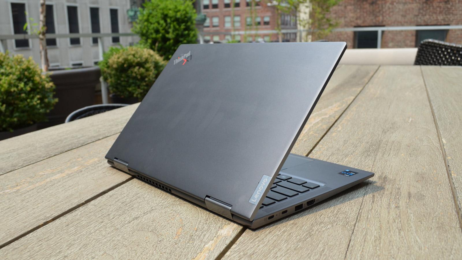 Lenovo ThinkPad X1 Yoga Gen 6 Lid Half-Opened