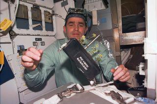 cosmonaut leonid kadenyuk obituary
