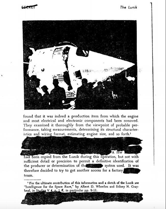 A page from a document about the Lunik satellite.
