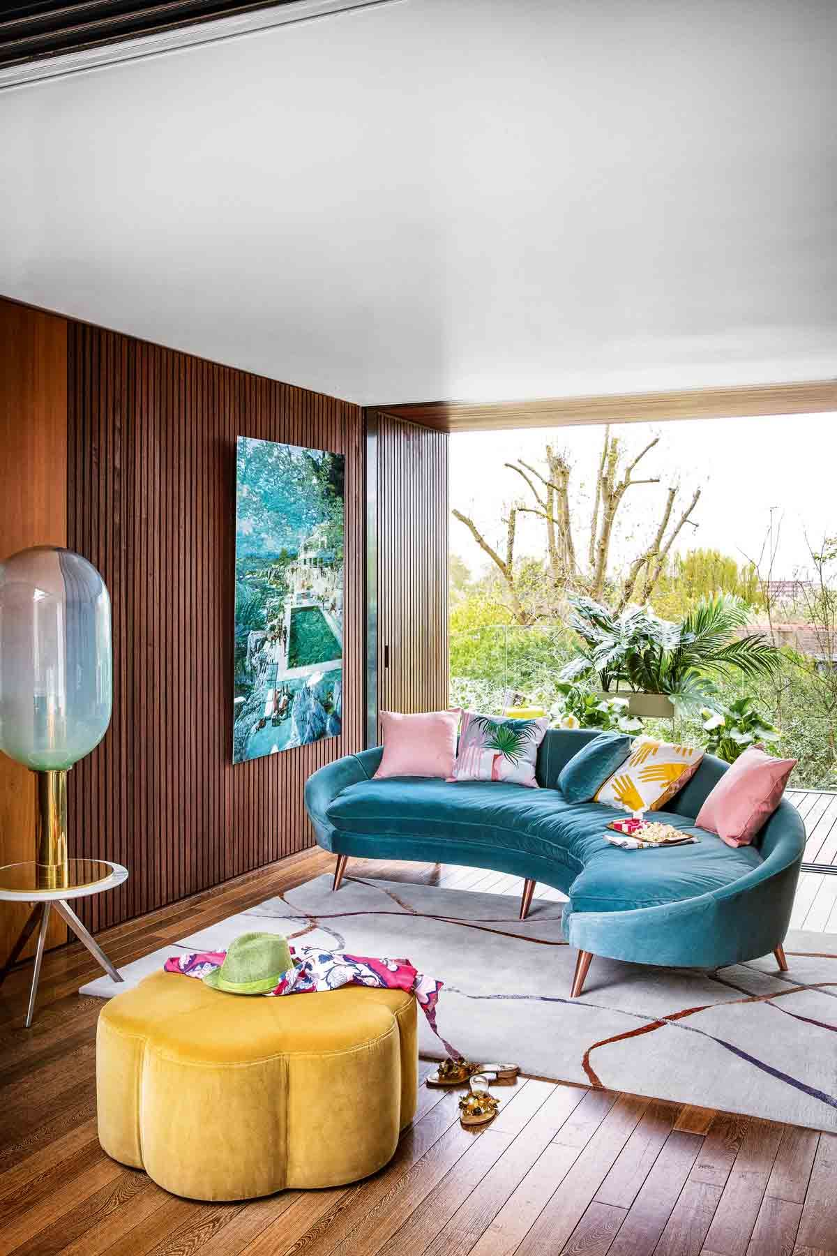 Decorating Trend: Slim Aarons And Mid Century Modern