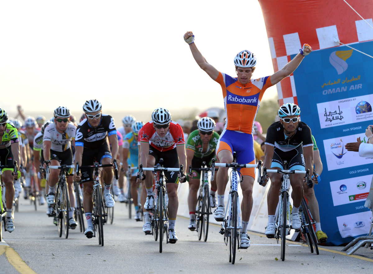 Theo Bos wins, Tour of Oman 2011 stage three