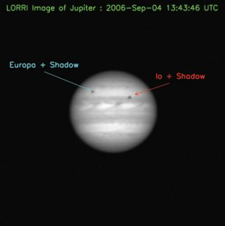 Pluto-bound Probe Snaps Photo of Jupiter