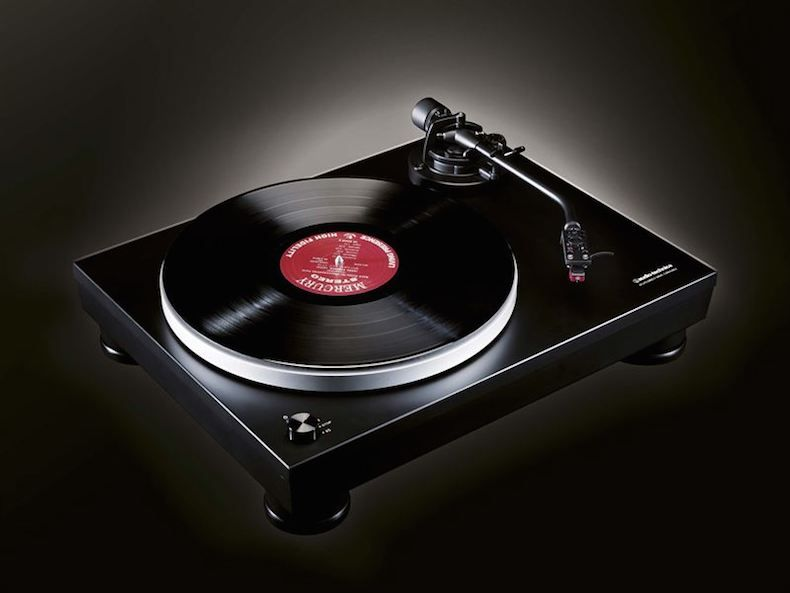 ifa 2015 audio technica introduces its at lp5 turntable. Black Bedroom Furniture Sets. Home Design Ideas