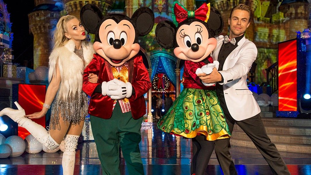 Watch Disney Christmas Parade 2021 How To Watch Disney S Thanksgiving 2020 Magical Holiday Celebration Online Anywhere Techradar
