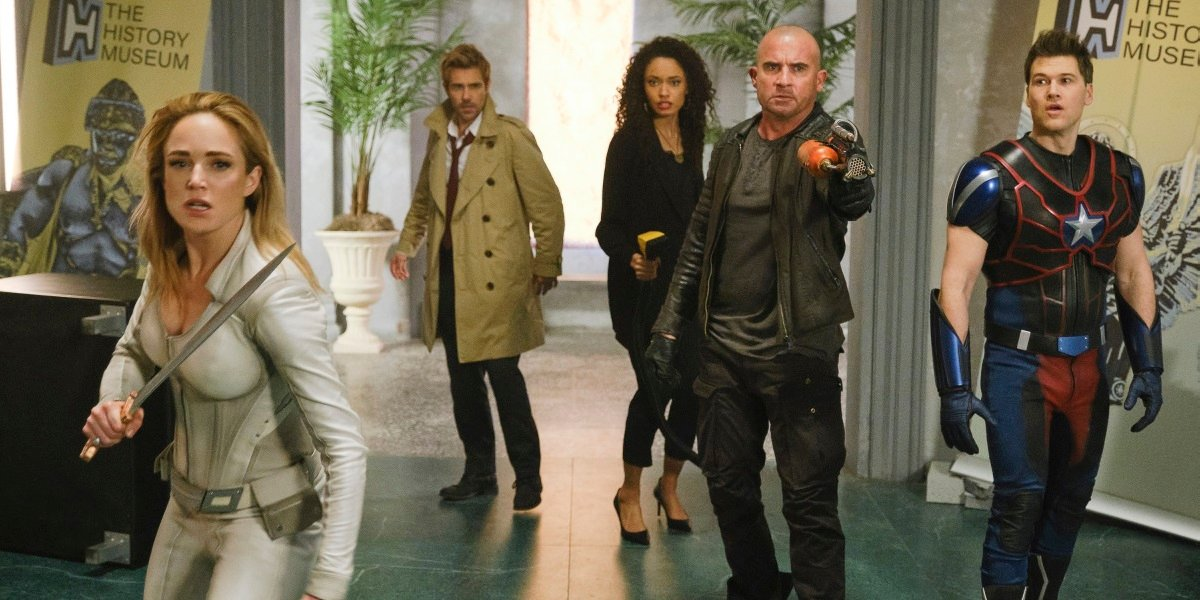 How Legends Of Tomorrow Will Handle Sara's Absence In Season 6
