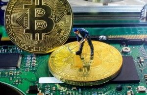 Laptop to mine cryptocurrency