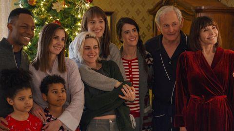 Alison Brie, Kristen Stewart, Mackenzie Davis, Victor Garber, Mary Steenburgen, and others in 'Happiest Season'.