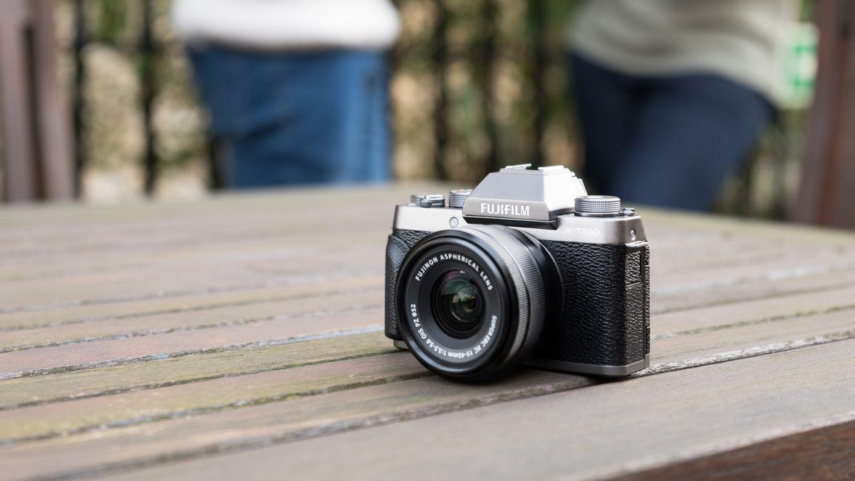 Meet the X-T100: Fujifilm's new entry-level mirrorless camera