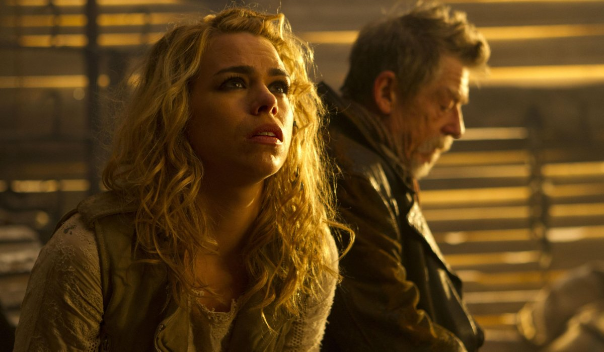 Doctor Who Rose Tyler appearing as a vision to The War Doctor