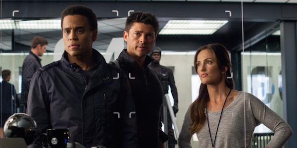 Almost Human Cancelled, Fox's Futuristic Cop Drama Won't ...