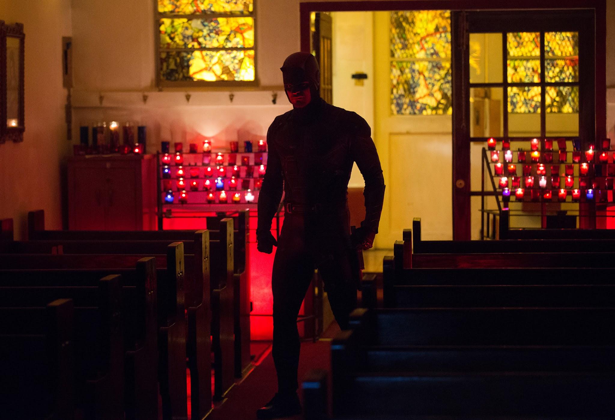 Daredevil Season 2 First Look: Elektra Looks Classy For Netflix's Storyline #35407