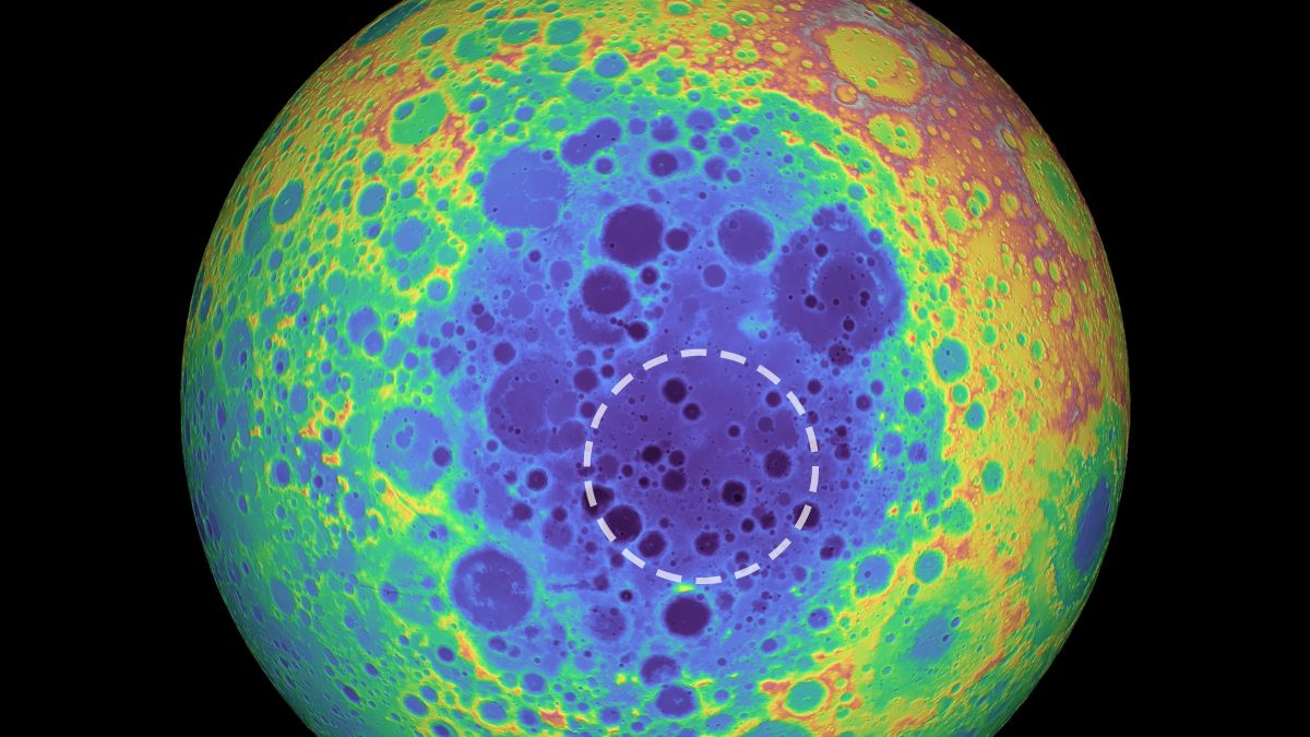 Weird 'Anomaly' at the Moon's South Pole May Be a Metal Asteroid's Grave