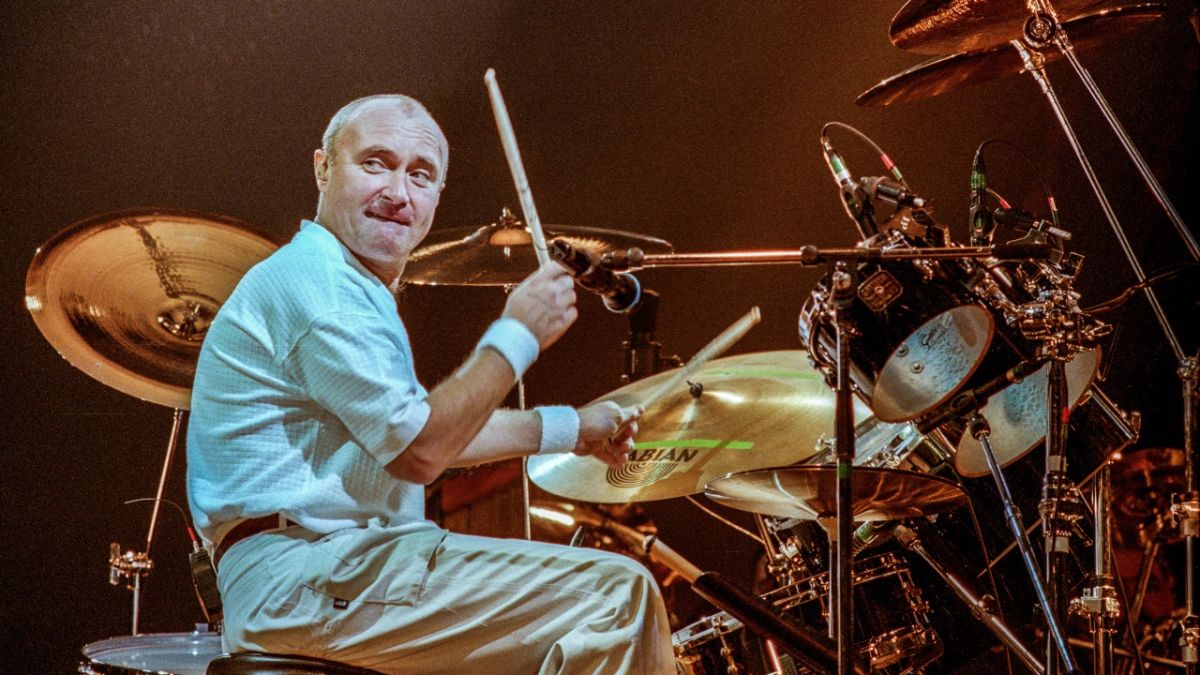 Here are 5 videos that hilariously reimagine the Phil Collins In The Air Tonight fill