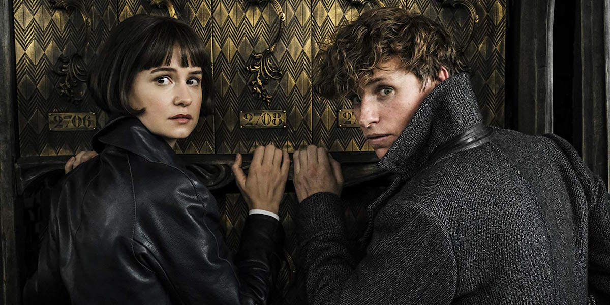 Tina Goldstein and Newt Scamander in Fantastic Beasts: The Crimes of Grindelwald