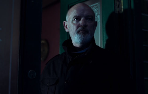 New Coronation Street pictures! Will Phelan die or escape to the sun as Corrie reveal his dramatic return!!
