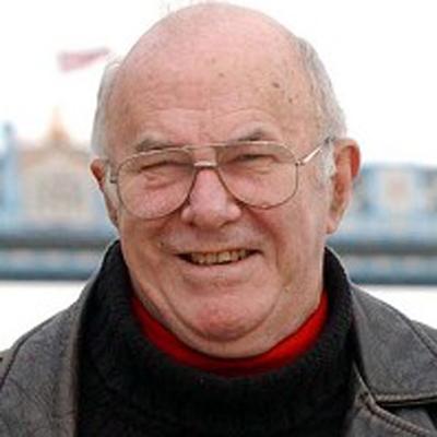 TV veteran Clive James is battling leukaemia
