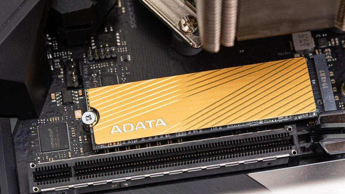 Adata Falcon M.2 NVMe SSD Review: Soaring above SATA | Tom's Hardware