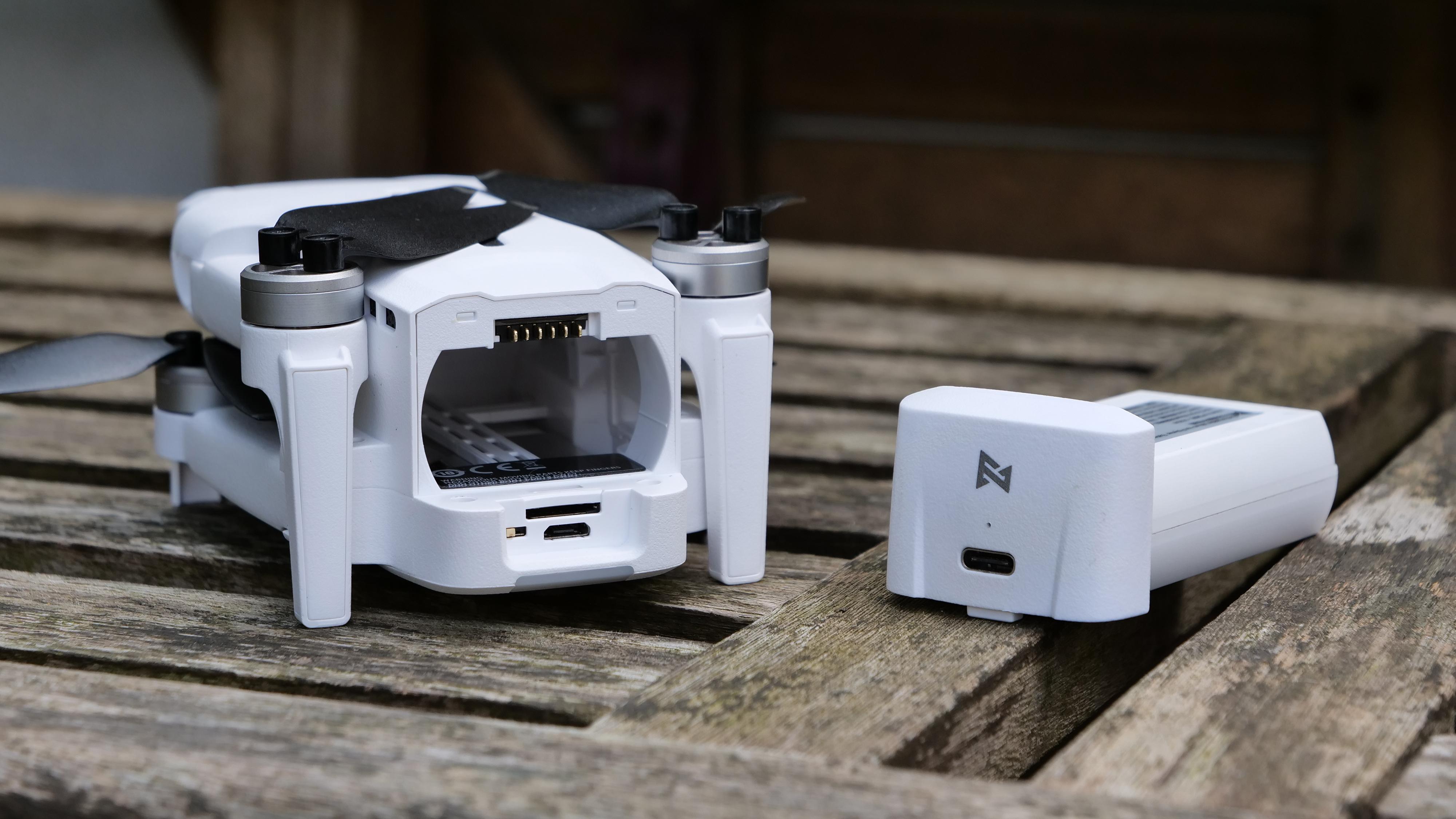 The FIMI X8 Mini drone's battery