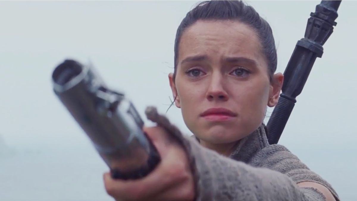 Rian Johnson asked JJ Abrams to tweak The Force Awakens' ending to better lead into The Last Jedi