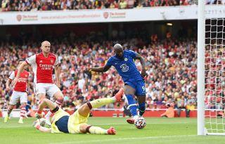 Romelu Lukaku scoring against Arsenal