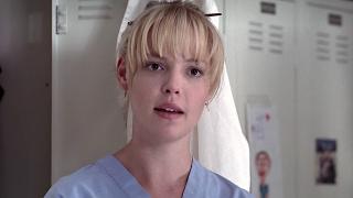 Katherine Heigl as Izzie Stevens in the locker room on Grey's Anatomy