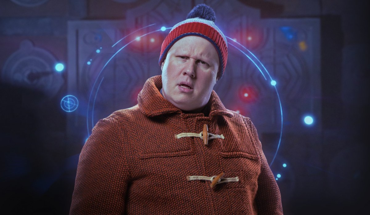 Doctor Who Nardole looks confused in front of a glowing wall