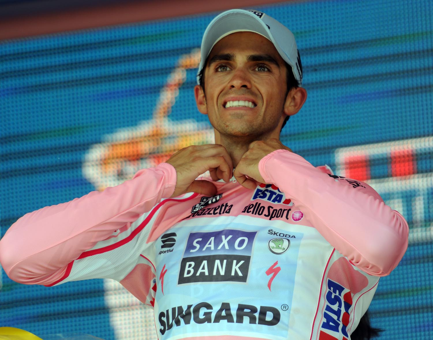 Alberto Contador on podium, Giro d