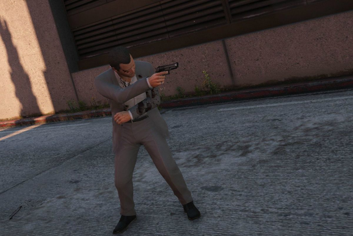 This GTA 5 realistic damage mod adds nerve damage, heart attacks