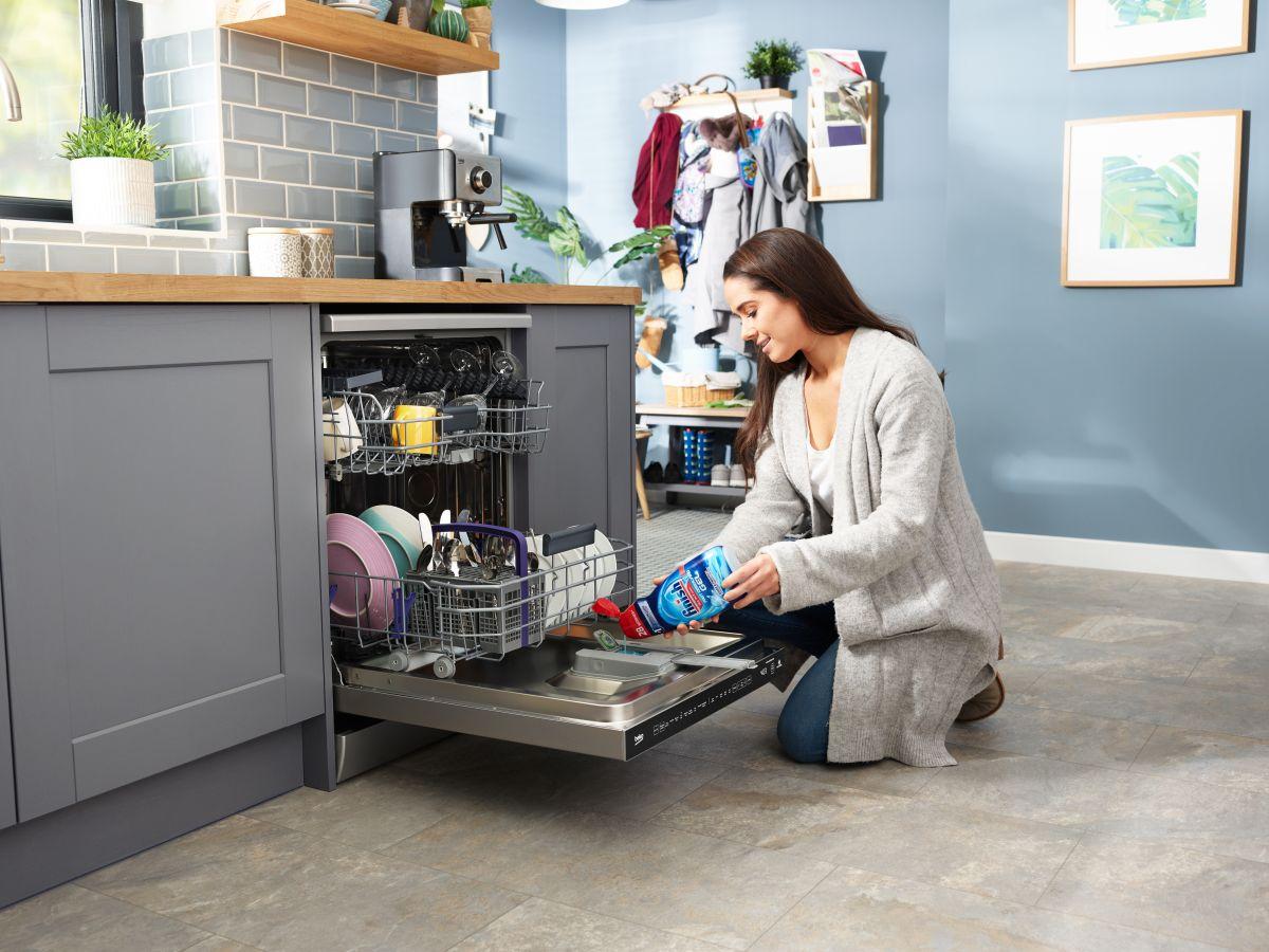 20 weird ways to use your dishwasher